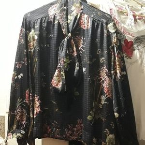 Zara floral blouse with bow tie size L